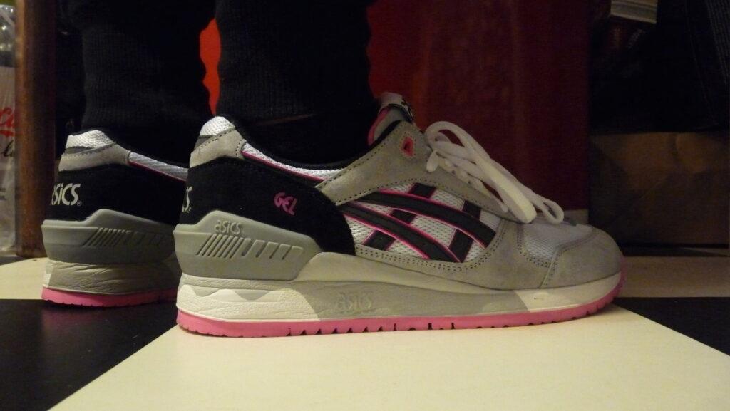 Asics Gel Respector Shoes pink