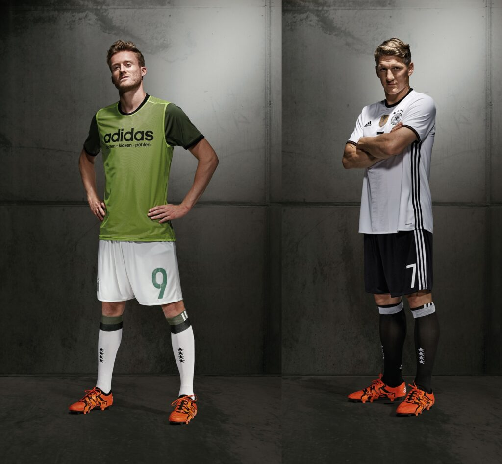 FO_DFB_Schuerrle_single_Player_Away_inside_out_Full-horz
