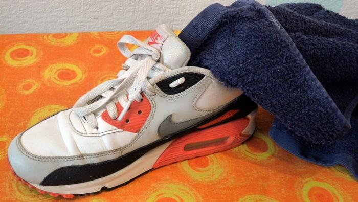 Sneaker stopfen